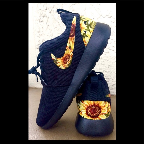 Custom Sunflower Nike Roshe Women